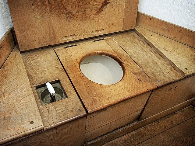 toaleta na chatě
